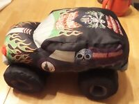 """MONSTER JAM 14"""" GRAVE DIGGER PLUSH Green 4 Time Champion Bad To The Bone 2013"""