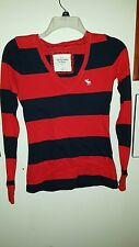 XS Abercrombie  & Fitch V neck long sleeve t shirt  6E