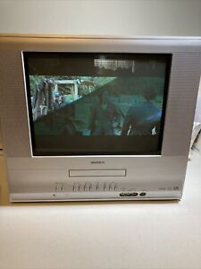 toshiba flat crt TV/ DVD 14 inch MD 14F51