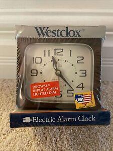 NEW SEALED Vintage Westclox Electric Alarm Clock Model 22222 Dialite Woodgrain