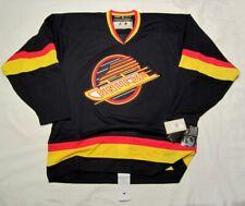 VANCOUVER CANUCKS size 50 Medium Adidas TEAM CLASSICS Black Skate Hockey Jersey