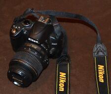 NIKON D3000  DIGITAL SLR CAMERA - BLACK 18-55 VR KIT WITH CARRY BAG