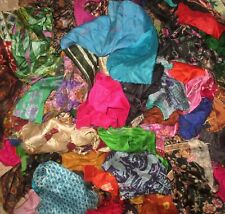 LOT ART SILK Antique Vintage Sari Fabric 1 KG SMALL PIECES CRAFT 9DAYSHIP DOLL
