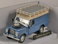 LAND ROVER S3 109 in Blue with Roofrack 1/43 scale model by Cararama