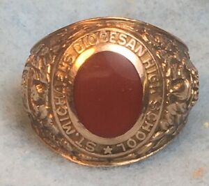 Vintage 10K Yellow Gold High School Ring 1943 Cabochon Carnelian Red Stone
