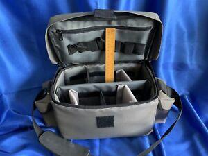 Camera holdall, shoulder bag, multicompartment