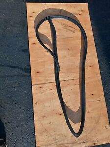 1997 Acura Cl Coupe Passenger Sider Door Rubber Seal Located On The Body 97-99
