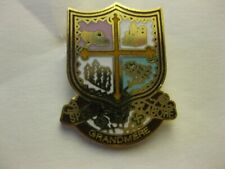 VILLE  DE GRAND-MÈRE   CITY PIN BACK NEW