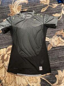 men's Nike pro combat T-shirt size