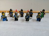Ancien lot de 8 soldats chevalier complet LEGO médiéval chateau vintage année 70