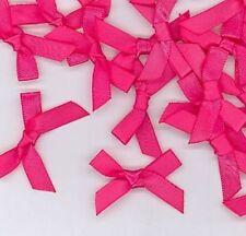 Nastri e fiocchi in raso rosa per il matrimonio