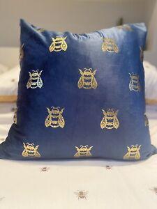 LUXURY Queen Bumblebee Bee BLUE VELVET & GOLD CUSHION COVER Room Decor