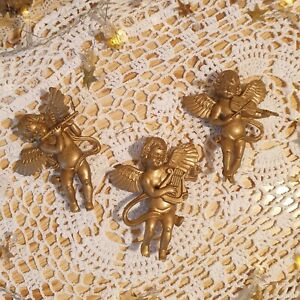 Set of 3 Hanging Christmas Angels Tree Decorations - Gold Cherubs - Traditional