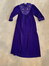 Vintage Vanity Fair Long Zippered Robe Purple W Gold Embroidery Velour Sz L (Jl)