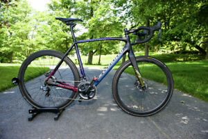 Specialized Crux Ultegra Di2 58cm Gravel Cyclocross