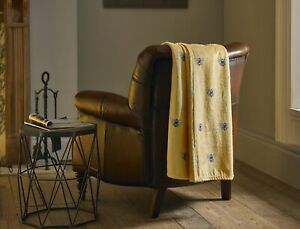 Supersoft Flannel Fleece Throw in Yellow with Bumble Bee Design 140cm x 180cm
