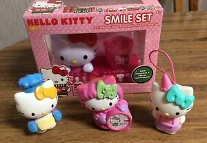 HELLO KITTY SMILE SET TOOTHBRUSH with HOLDER & RINSE CUP With 3 FIGURES