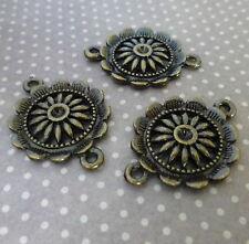 Conectores de Flor De Bronce Antiguo – envase de 10
