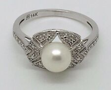 14K WHITE GOLD WHITE PEARL AND CUBIC ZIRCONIA STONES RING