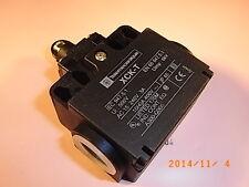XCK T502 XCK-T LIMIT SWITCH 240VAC 10AMP Positionsschalter TELEMECANIQUE