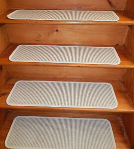 14 Step 9'' x 30'' + 1 Landing 30'' x 30''  Stair treads Tufted carpet Woven .