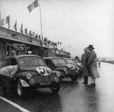Renault 4CV 1951 Le Mans paddock racing team line up photograph team testing