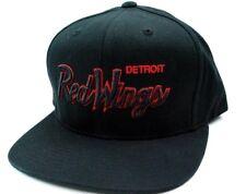 Detroit Red Wings Reebok NZB88 NHL Black Script Logo Snapback Hockey Cap Hat