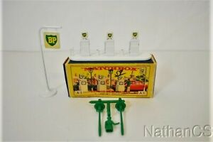 Vintage MATCHBOX A-1 Accessory BP Garage Pumps And Signs NMIB
