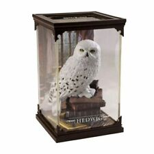 Harry Potter - Hedwig Magical Creatures 7� Figure with Display Case