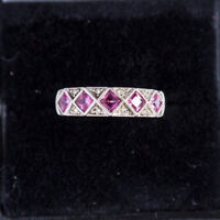 18 ct White Gold Ring 5  Natural Tourmaline  and Diamond Size.7-P  3.1 gr