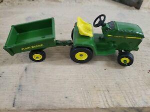 John Deere ERTL Green Die Cast Toy Riding Lawn Mower & Wagon