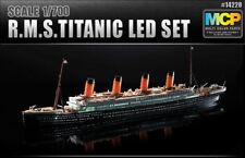 Academy Ship 1/700 Scale Hobby Plastic Model Kit R.M.S.Titanic LED Set #14220