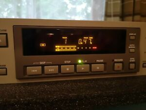 Tascam CDRW-5000CD Recorder