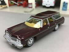 1/64 JOHNNY LIGHTNING MAROON 1973 CHEVY CAPRICE W/ HITCH