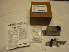 THOMAS & BETTS Perfect Line DN415 Automatic Door Light Switch NIB NEW