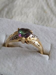 Vintage Solid 10K Yellow Gold Mystic Topaz w Diamond Accents Ring  10kt  Size 7