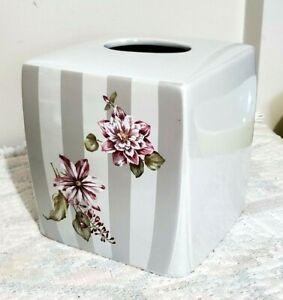 """TISSUE BOX COVER CERAMIC GRAY/WHITE FLORAL 6x6x6"""""""