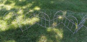 """32' VINTAGE GARDEN FENCE EDGING BORDER METAL WIRE WHITE 32' X 18"""", ARCHED TOP"""