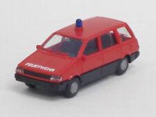 """Mitsubishi Space Wagon in rot, """"Feuerwehr"""", o. OVP, Rietze, 1:87,Einzelblaulicht"""