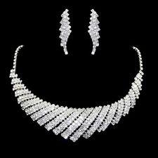 Parure de bijoux argentée collier boucles d'oreilles cristal clair soirée miss