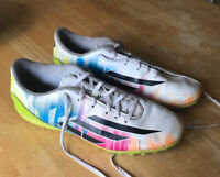 Adidas Messi Astro Football Trainers Size UK 8