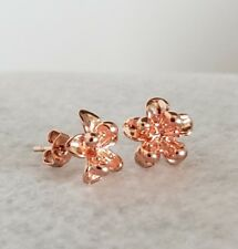 cup flower stud earrings Delightful rose gold plated butter