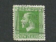 NEW ZEALAND POSTAGE AND REVENUE STAMP 1/2 P ANTIQUE 1915
