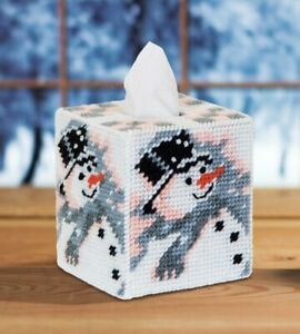 Mary Maxim Old Time Snowman Tissue Box Cover Plastic Canvas Kit