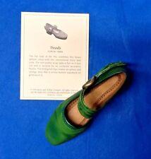 Nib Just the Right Shoe ~ Raine Willits #25078 Treads