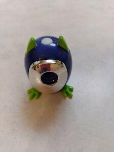 Snap Pet Selfies In a Snap Portable Bluetooth Camera 102516-9 A1