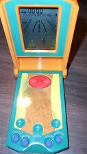 VTG 1999 VGA Entertainment Skateboarding Hand Held Game