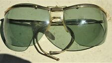 Rare Sport Wraparound 1960s Vintage Sunglasses by Sol-Amor France Green Lenses