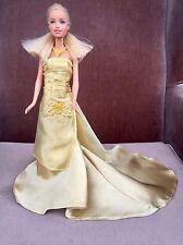 Promo! Barbie & Sa Robe De Soiree Dorée UNIQUE