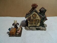 """Boyds Bearly Built Village """"Bearly A School"""" #19004 with Box"""